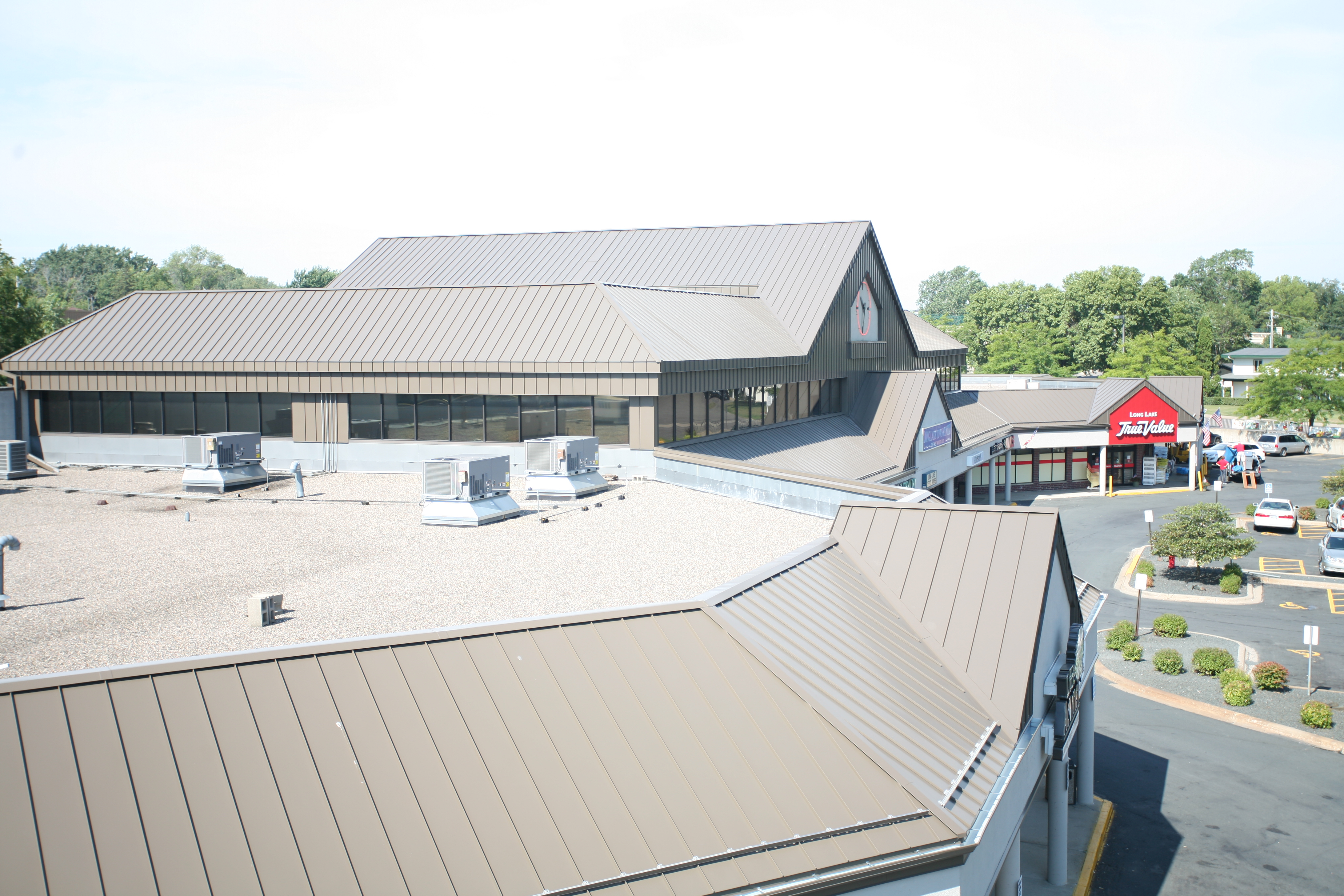 Standing Seam Roofing Installation Guide : Photo standing seam metal roof installation images